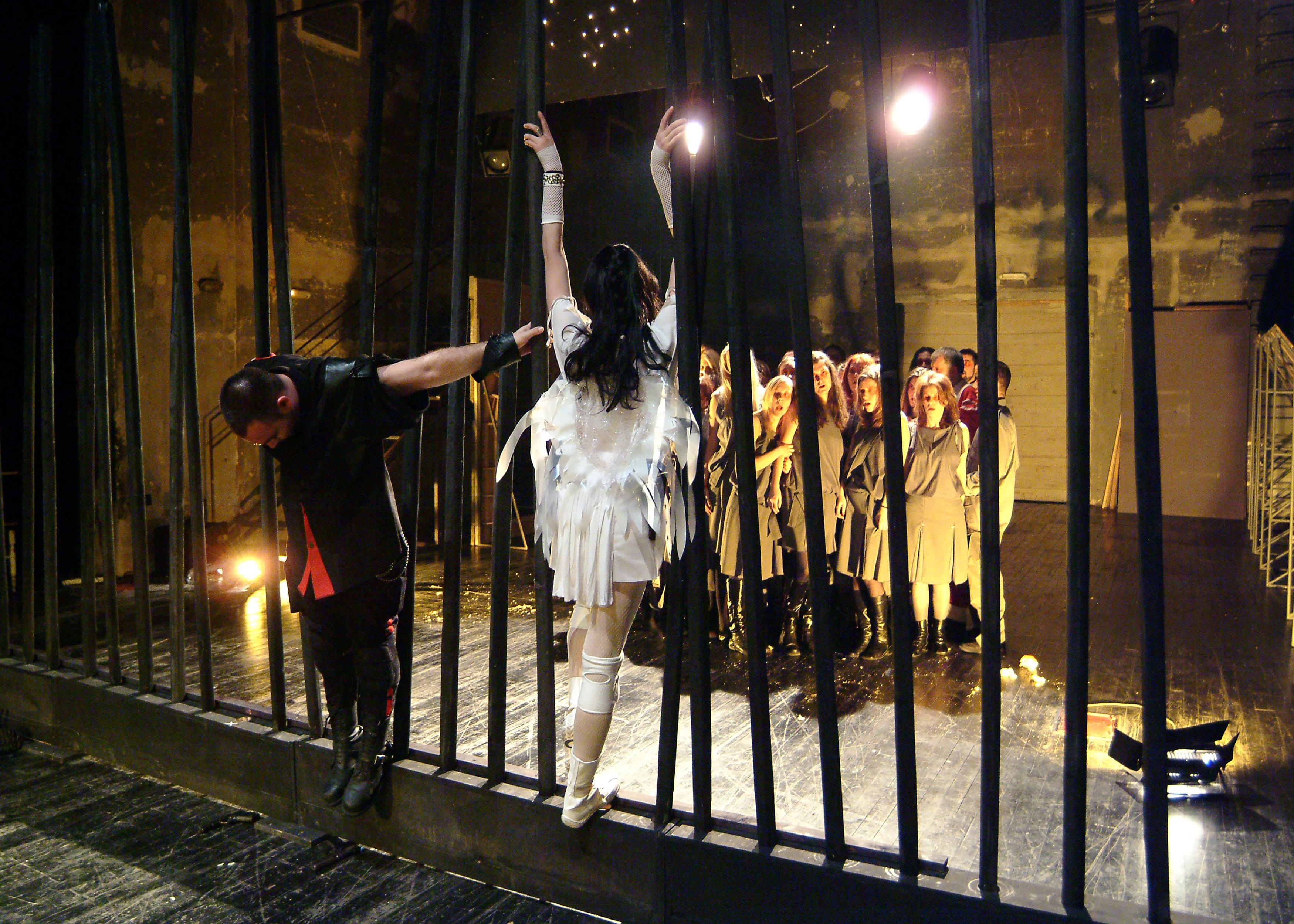 Dragan Vučković Vučko, Srbija: Dramska uprizoritev iz zborovske pesnitve Sedmerica proti Tebam, 2005, Akademski komorni zbor Liceum, Srbija - Specifična postmoderna dramatizacija klasične Ajshilove tragedije Sedmerica proti Tebam je bila uporabljena kot scensko-dramski okvir za koncert priredb črnske duhovne glasbe – vsebina pesmi je bila ohranjena kot dramaturško jedro, s katerimi se je začelo dogajanje na prizorišču.