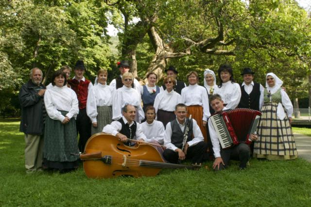 Mihael Kacafura, Slovenija/Slovenia: KUD Kresnik, 2004, Vokalna skupina Kresnice, Slovenija / KUD Kresnik, 2004, Vocal group Kresnice, Slovenia