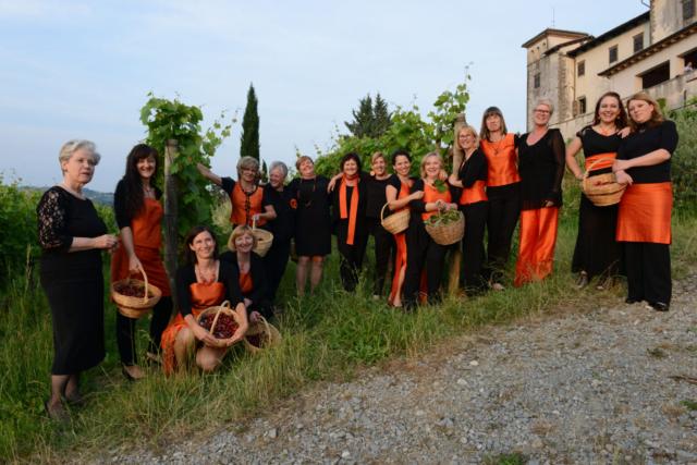 Andrej Colja, Slovenija/Slovenia: Črješnje so rdače, 2015, Vokalna skupina Vinika, Slovenija / The cherries are red, 2015, Vocal group Vrhnika, Slovenia