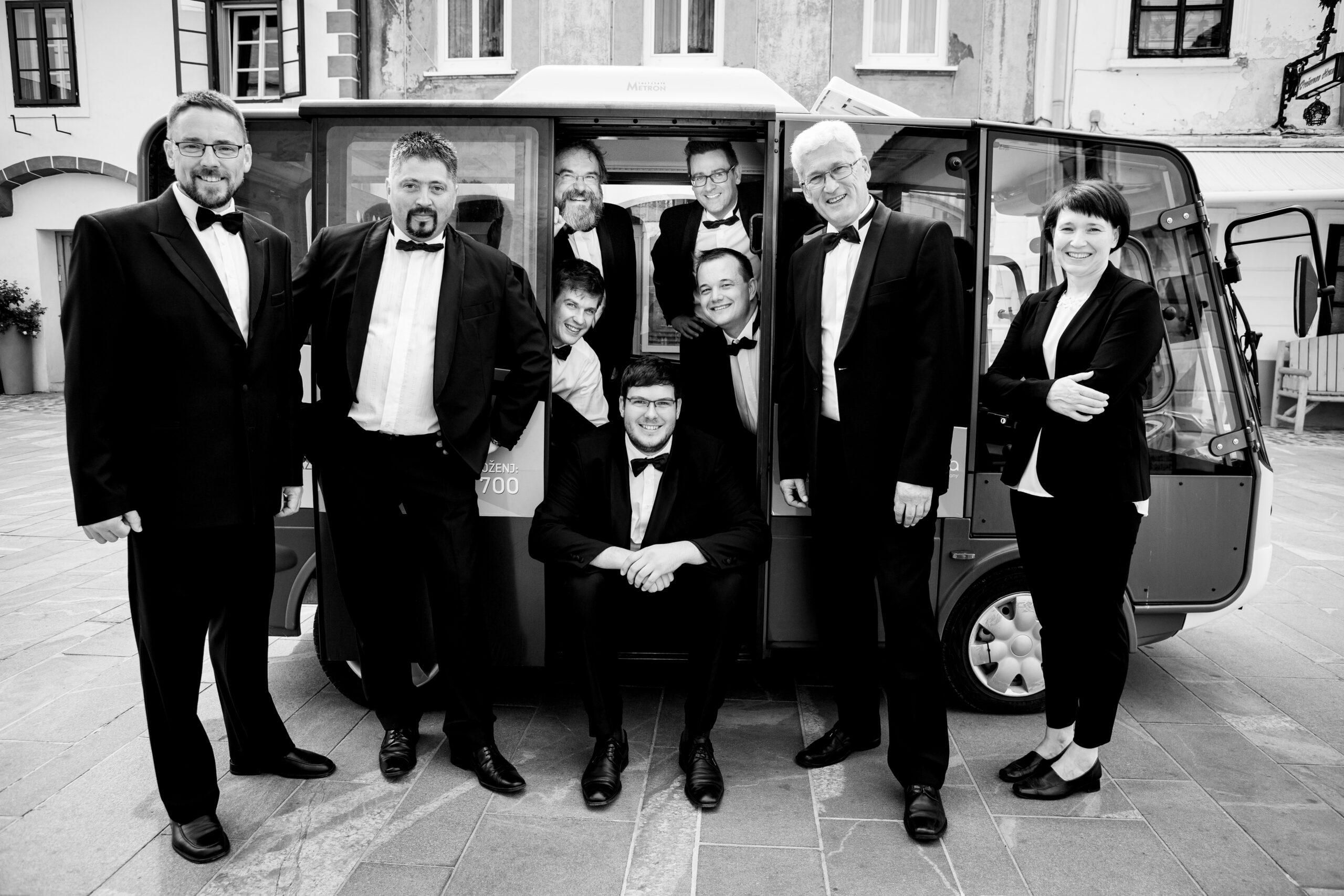 Luka Dakskobler, Slovenia: The Kranj-Based Octet Begins the Season 2019, Gorenjski oktet, Slovenia - The conductor takes the cavaliers through musical landscapes.