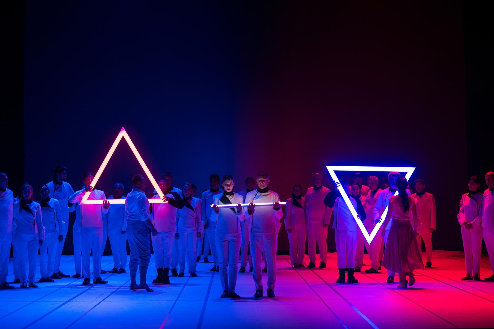 Mankica Kranjec, Slovenia: Blue Is Not Red, 2019, Choir of the Slovenian National Theatre Opera and Ballet Ljubljana, Slovenia - Illustrative elements of the magnificent scene. W. A. Mozart: The Magic Flute, season 2019/2020.