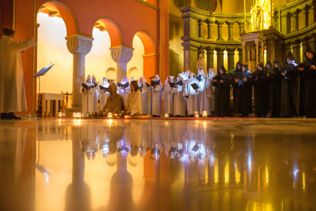 Janez Kotar, Slovenia: From a Different Era, 2019, Mixed Chamber Choir Ljubljanski MadrigalistI, Slovenia - The Mixed Chamber Choir Ljubljanski Madrigalisti during a scenic choral-instrumental performance of Gregorian chants from the Advent season, conducted by Klara Maljuga in Saint Joseph's Church in Ljubljana at the end of 2019.