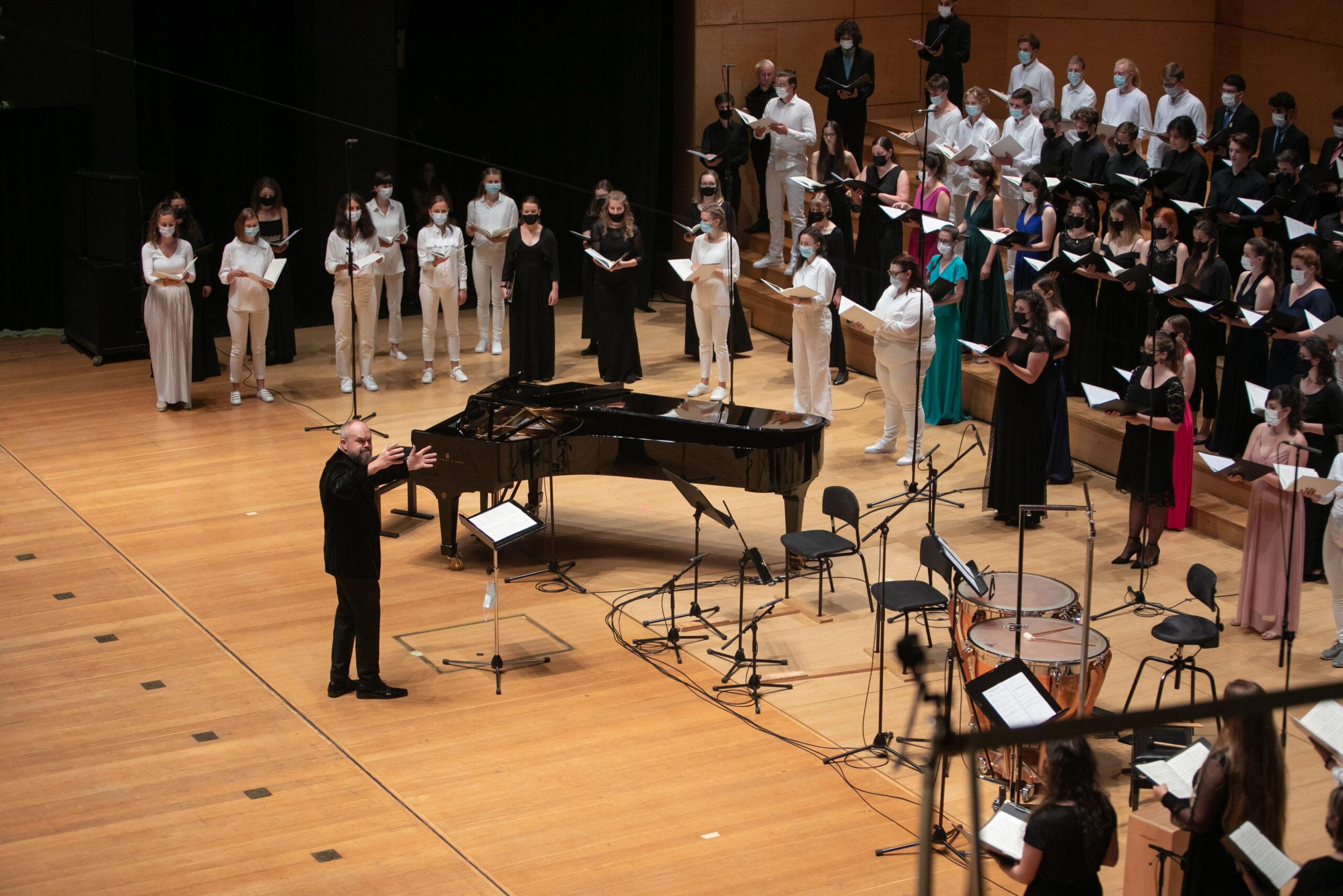 Nacionalni mladinski zbori / National Youth Choirs; Photo: Tomaž Črnej